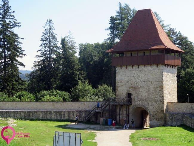 Restauración del Fuerte de Rasnov