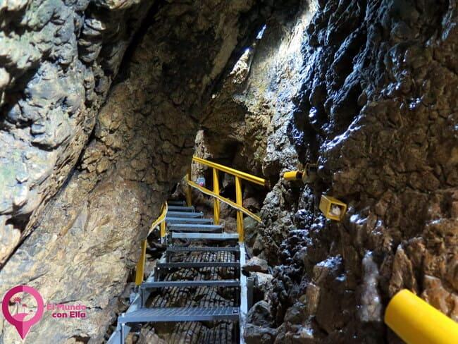 Datos útiles sobre la Cueva Ialomita