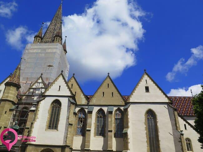 Catedral Evangélica del siglo XIV en Sibiu
