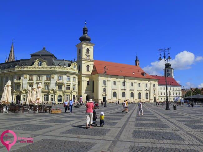 Monumentos Históricos en la Plaza principal de Sibiu