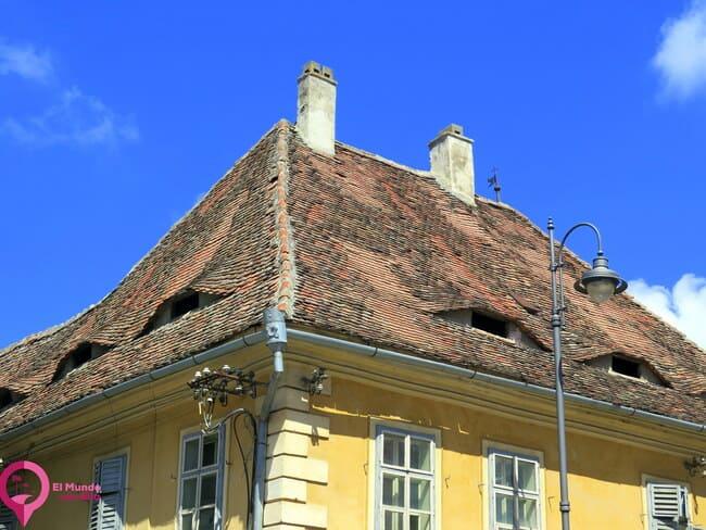 Tejados típicos de Sibiu