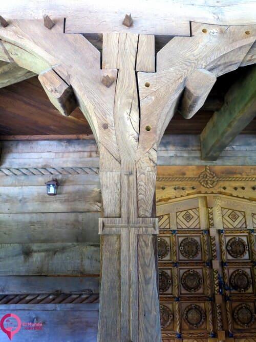 Visitar el Monasterio de Săpânța-Peri