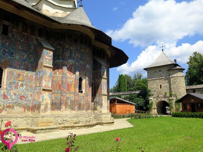 Iglesias medievales de Bucovina