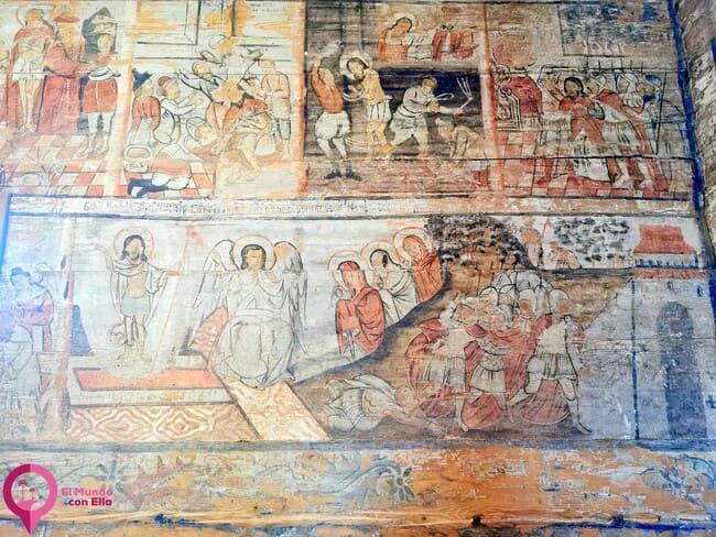 Escenas bíblicas en las Iglesias de Madera